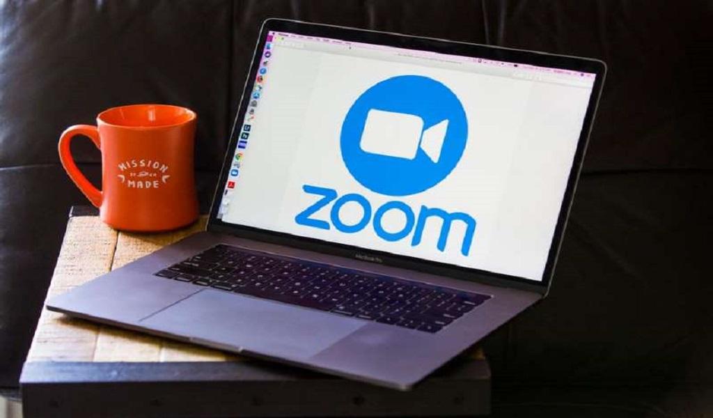Layanan Zoom meeting menjadi kata kerja tahun 2020