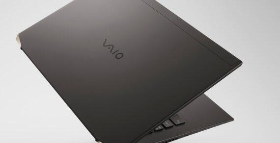 Serat karbon Vaio Z adalah laptop paling ringan di dunia